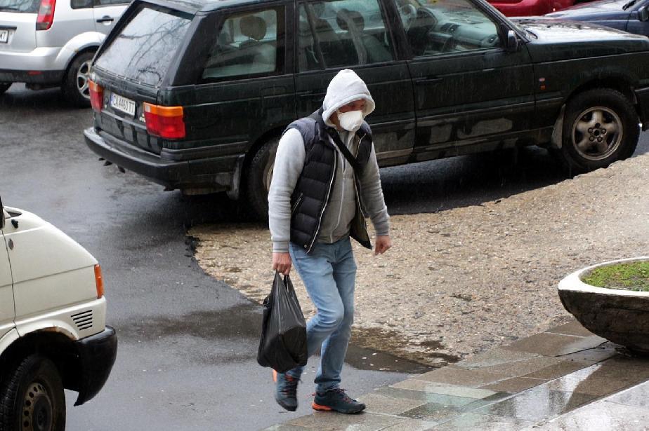 проверки за предпазни средства по магазините в София