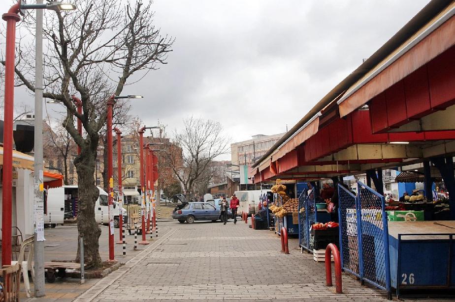 Задължителни еднопосочно движение, вход и изход на софийските пазарите
