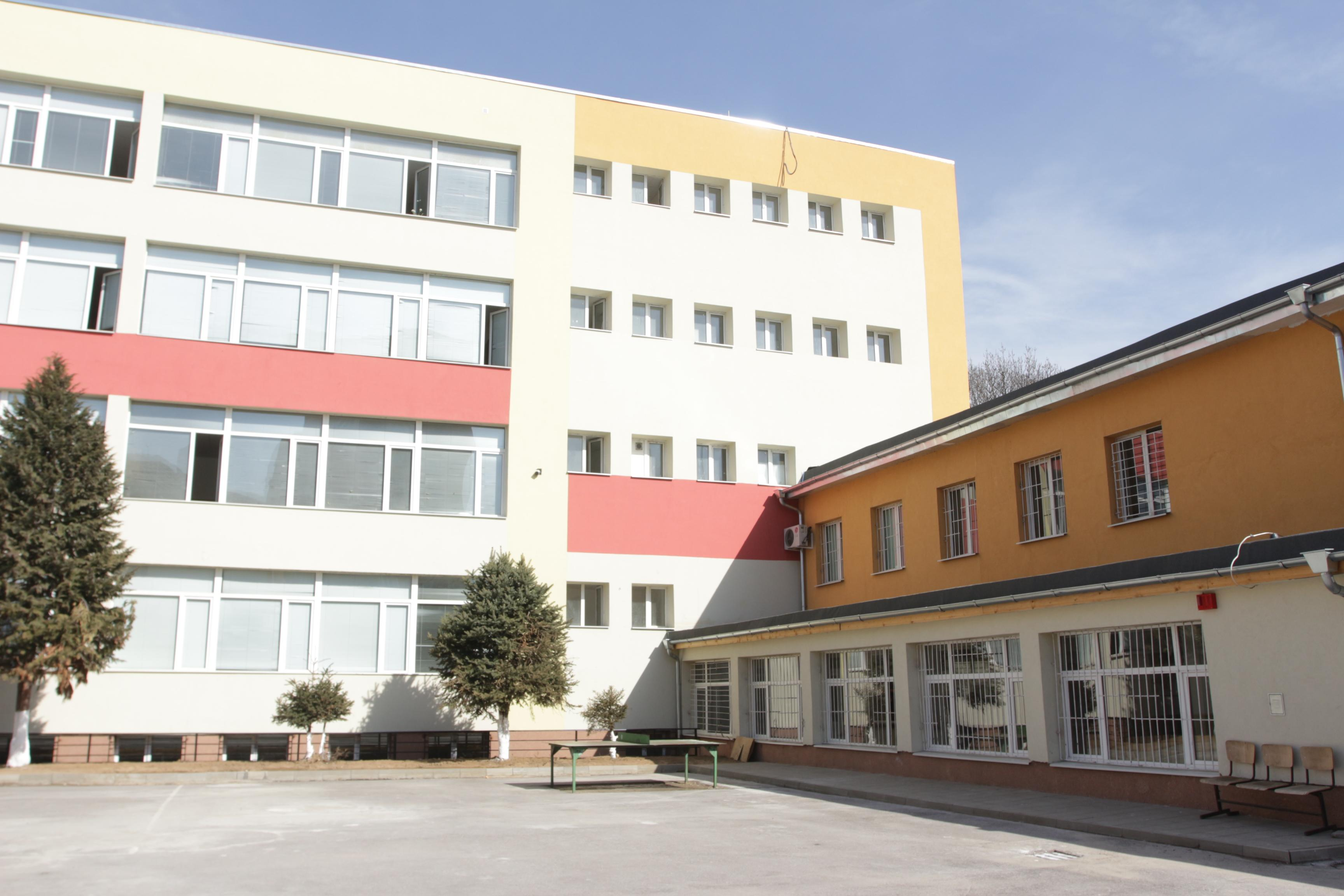 От догодина: Приемът в първи клас в София- онлайн