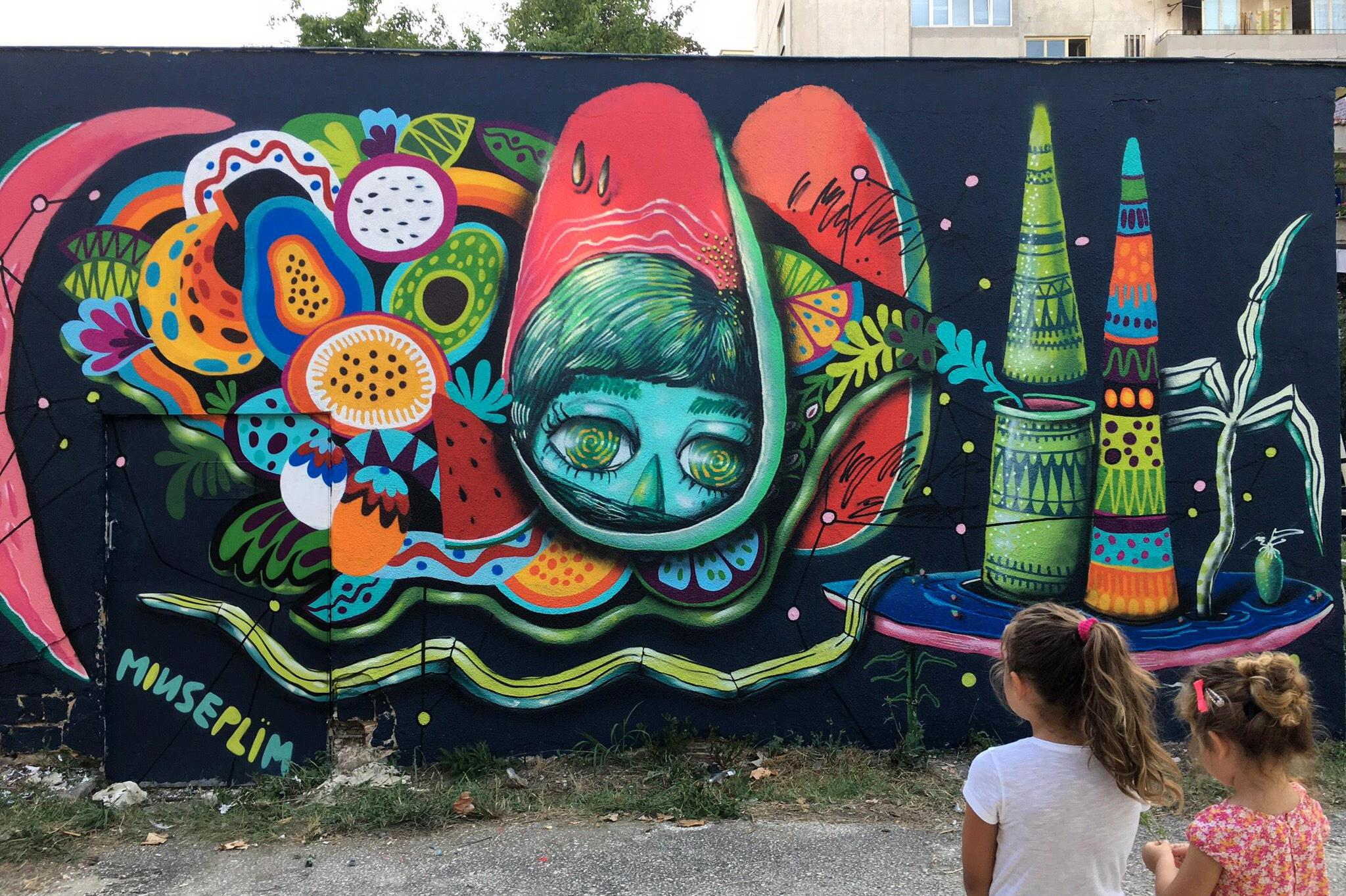 Sofia Graffiti Tour с интересни графити и истории излезе от границите на Со