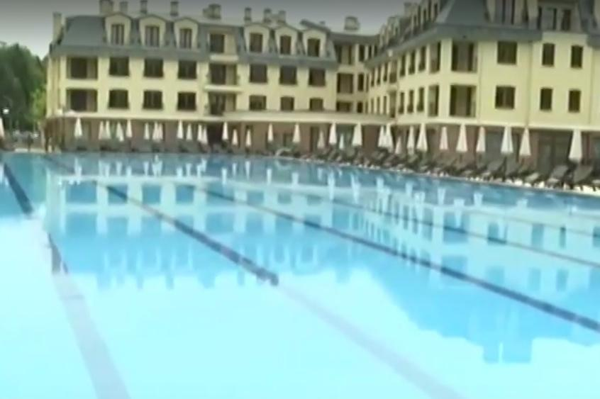 С термокамери мерят температурата на клиенти по столични басейни