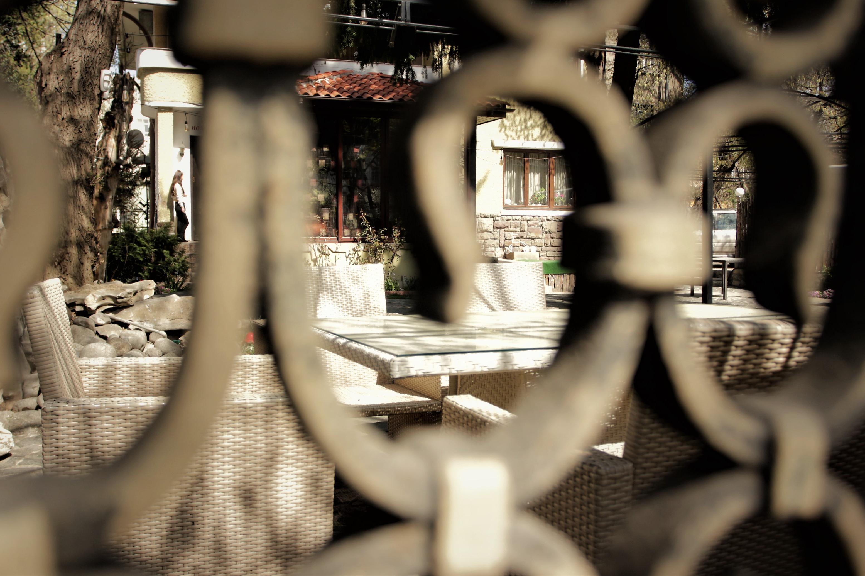 Вероятност: Ресторантите в София и страната отварят на 1 юни