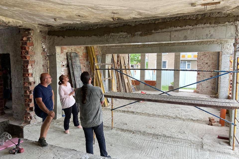 Тотално преустройство на старата баня в Чепинци