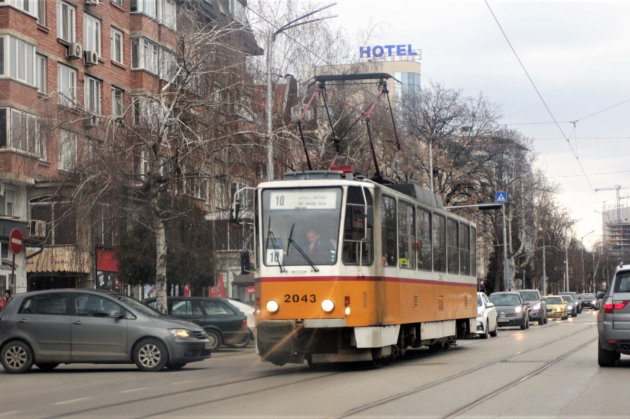 Променят маршрутите на трамваи 10 и 11 през уикенда заради ремонт на релсит