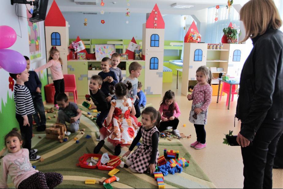 При отварянето на градините в София: 14 % от децата се върнаха в тях