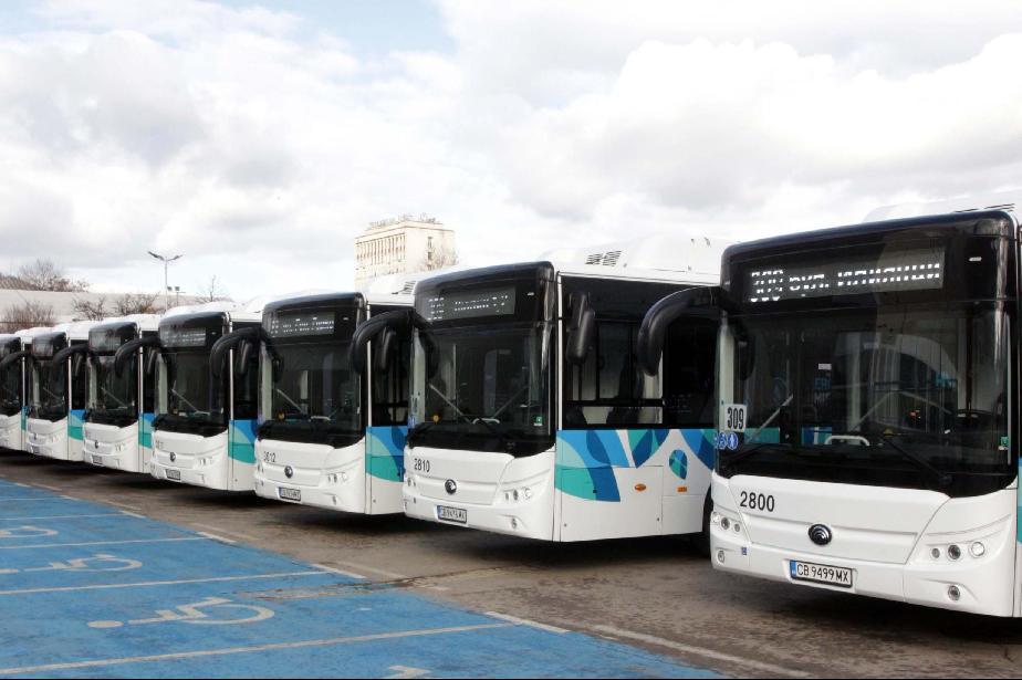 От понеделник: Пада ограничението за градски транспорт до 22 часа в София