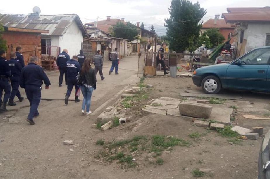 ЧЕЗ, полиция и община проверяват за кражба на ток в Сердика