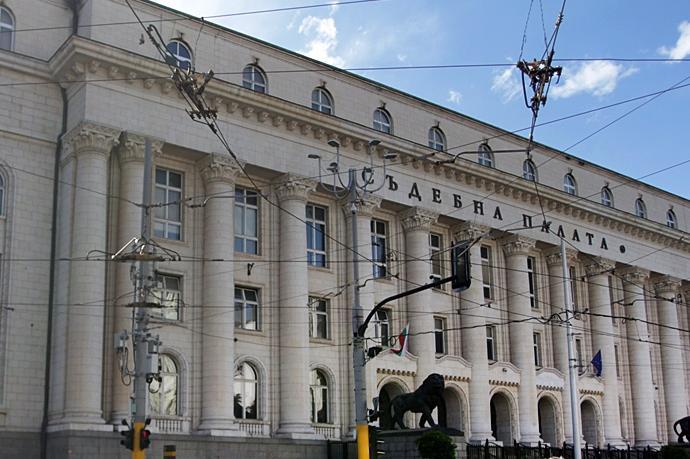 """Софийският градски съд отхвърли искове на"""" Артекс"""" срещу Вапцаров"""