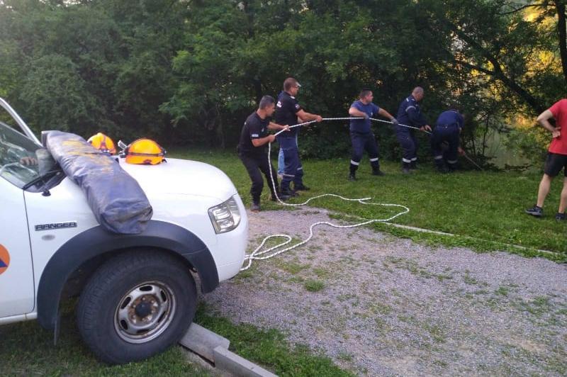 АПП спасиха мъж, паднал в дере в Панчарево