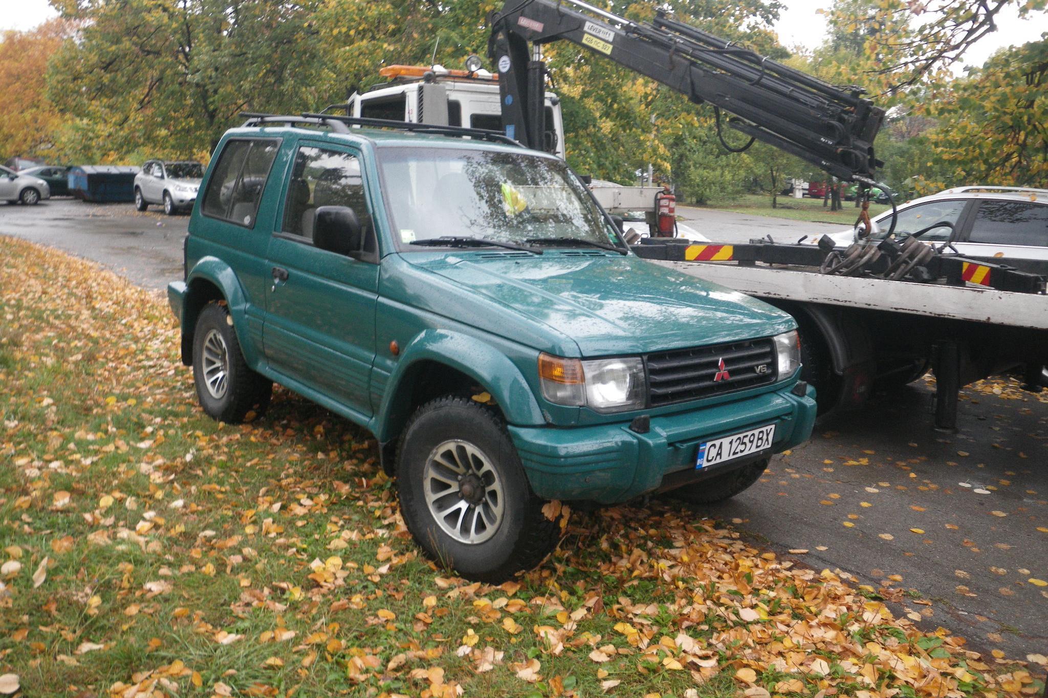 В София: 78 с глоби за паркиране в зелени площи от началото на месеца