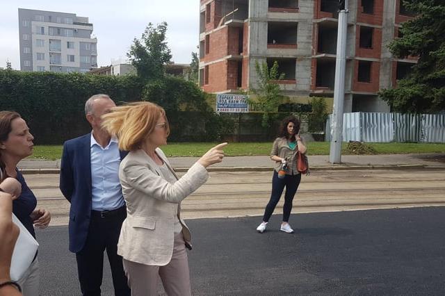 """Отварят ремонтирания """"Асен Йорданов"""", започва обновяване на трамвайното тра"""