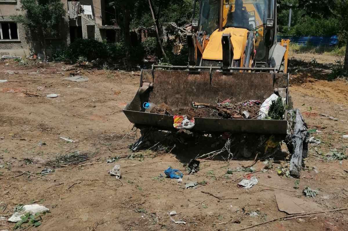 Разчистиха 10-годишно нерегламентирано сметище в Красно село
