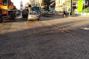 Кола излетя на трамвайните релси на Цар Борис III