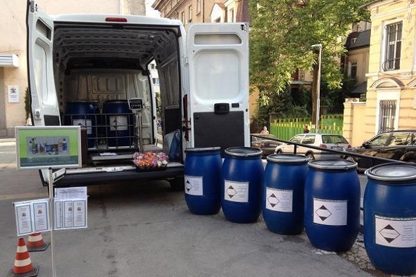 Мобилен пункт събира опасни битови отпадъци в Банкя