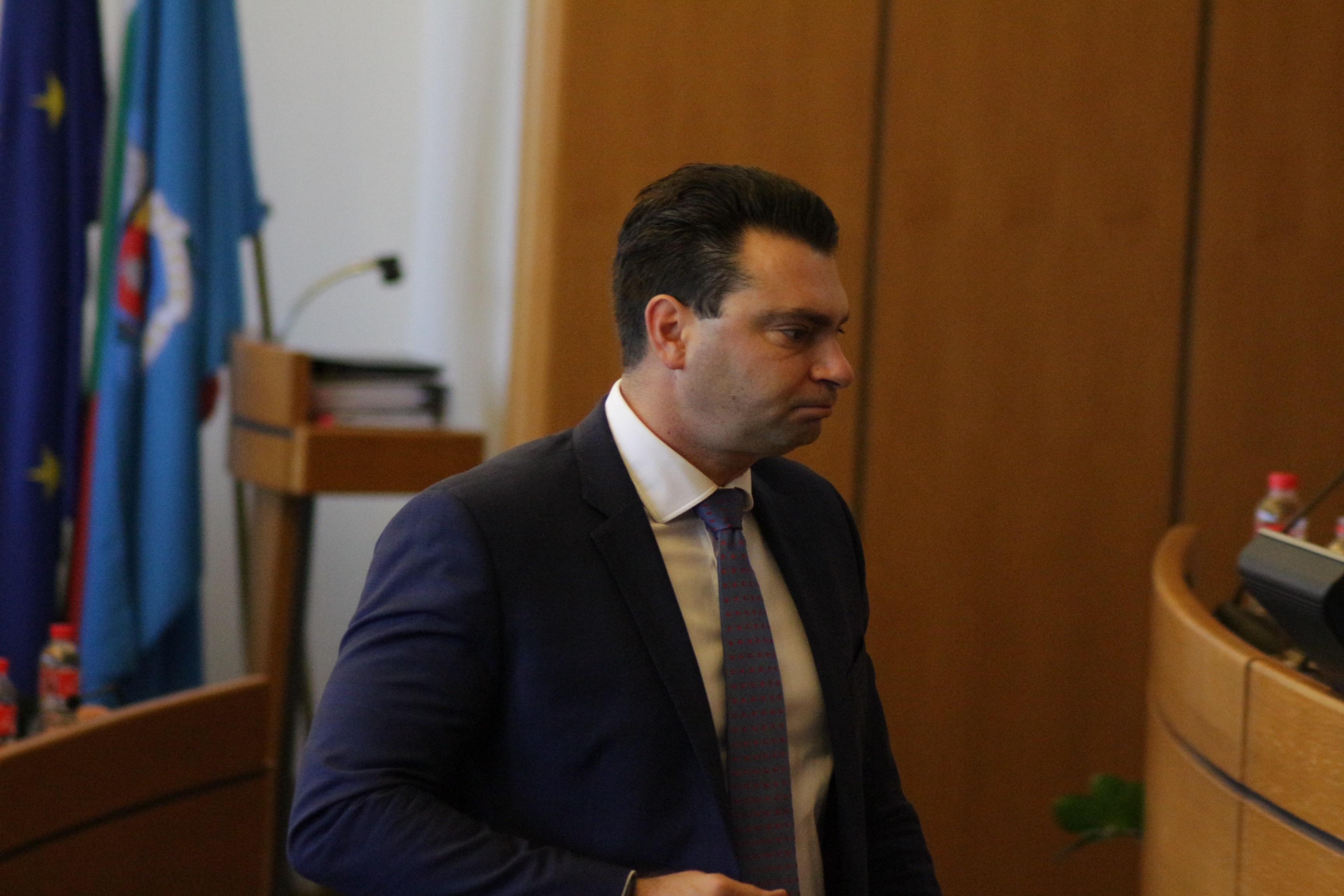 11 са кандидатите за мястото на Калоян Паргов в БСП-София