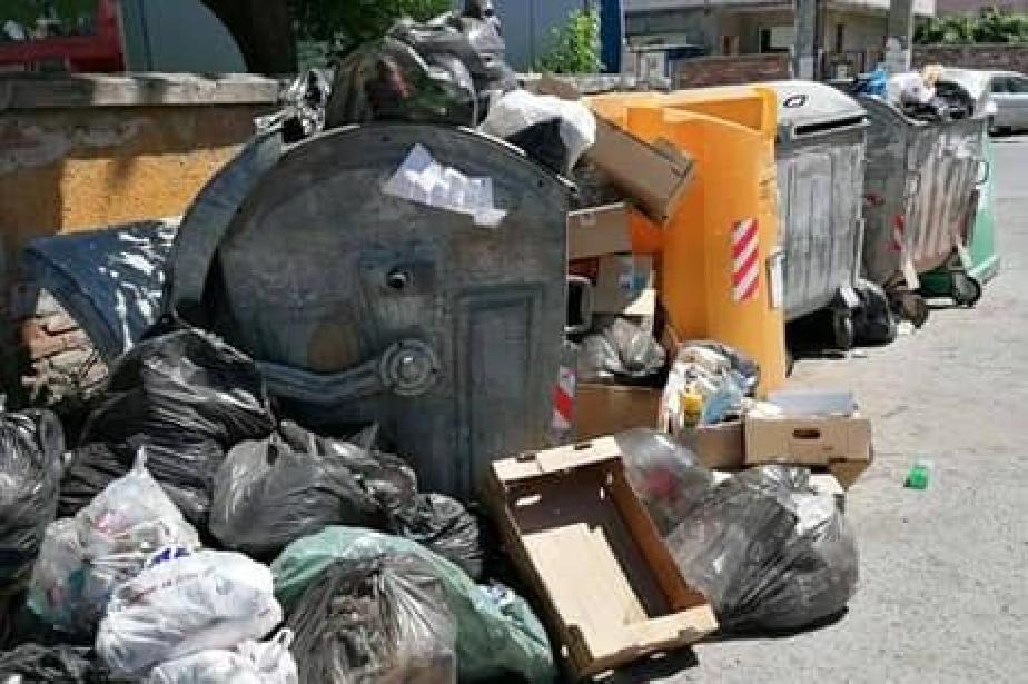 Граждани от район Панчарево: Титан да извозват два пъти седмично отпадъците