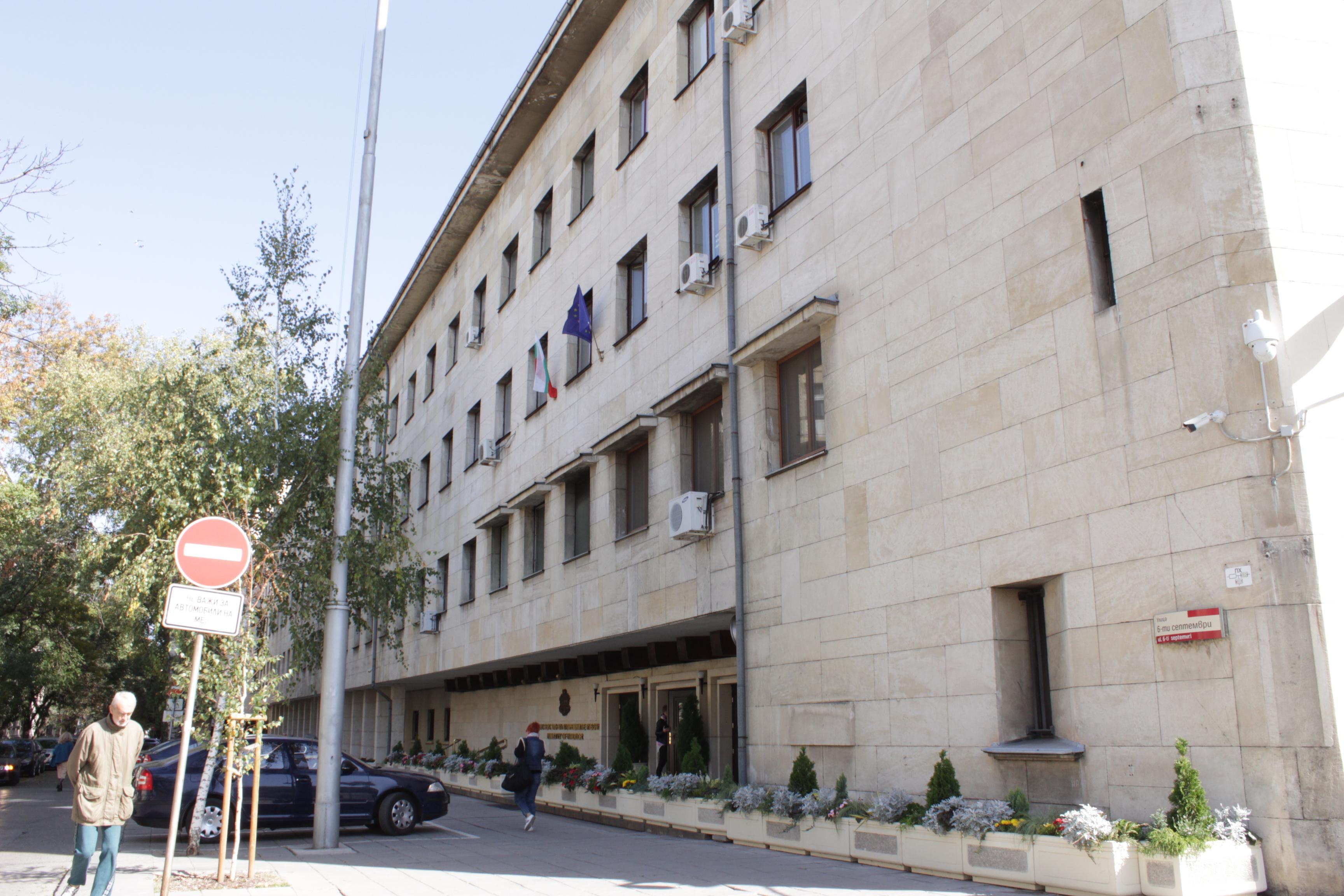 Рязък скок на COVID-19 сред столичните полицаи, съвещание в СДВР търси реше
