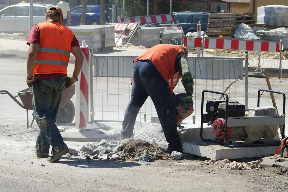 """От """"Слатина"""" информират какви ремонти предстоят в района"""