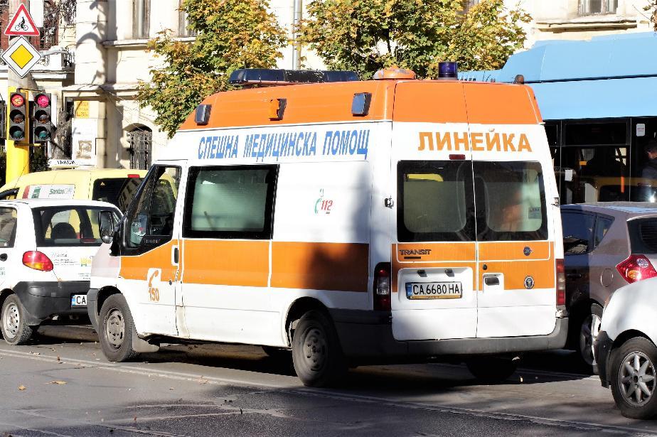 """От болница """"Св. Анна"""": Мотористът, който пострада край УНСС, вече диша сам"""