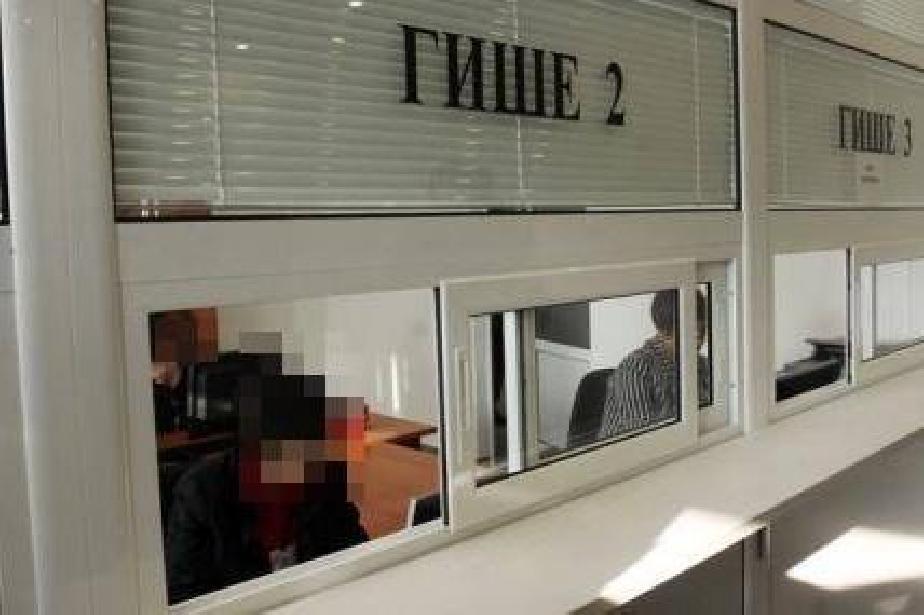 Районните в София сменят лични документи и в събота
