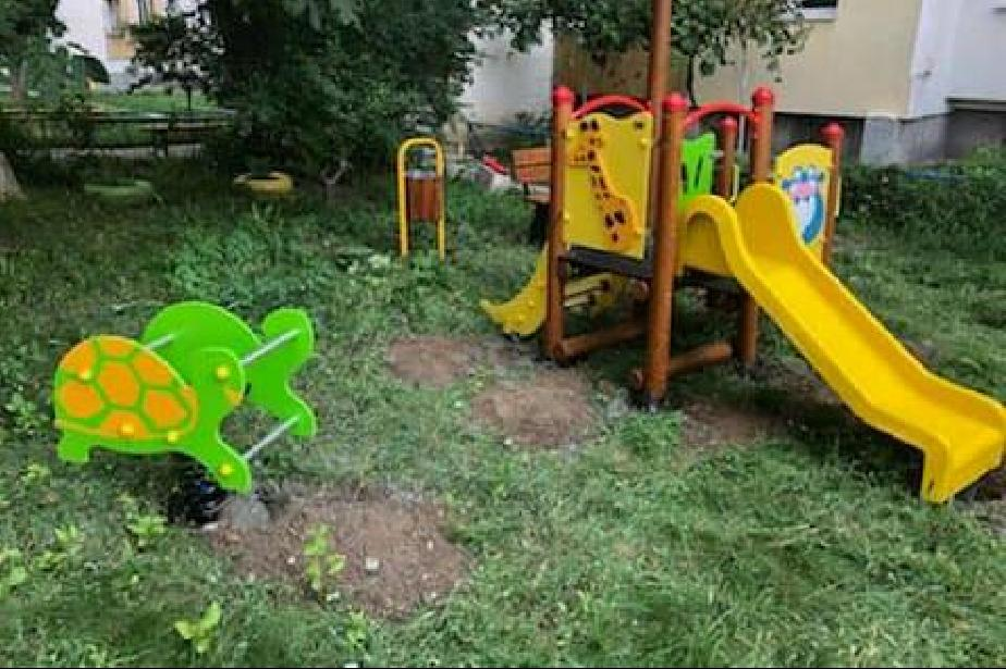 "Ремонтират паркинг и детска площадка в ""Сердика"""