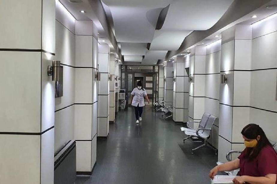 В столични болници: Над 400 жени до момента са прегледани за рак на млечнат