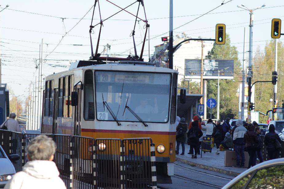 Увеличават колите по линията на трамвай 20 и на временния автобус 22-ТМ