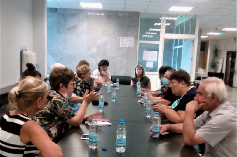 """Среща на Савина Савова с директорите на училища в район """"Възраждане"""""""