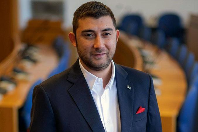 Карлос Контрера: Продължаваме с дискусията за нощния транспорт в София