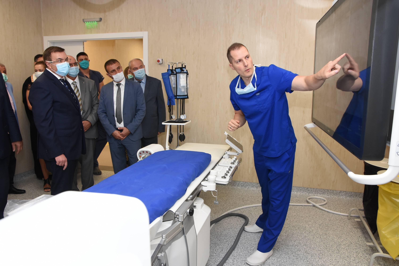 """Последен клас бипланов ангиограф заработи в болница """"Св. Иван Рилски"""""""