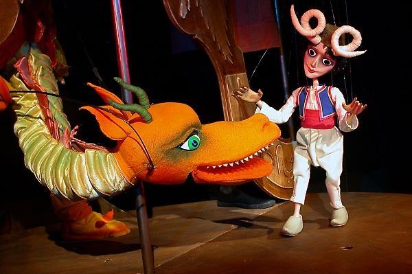 """Столичният куклен театър открива сезона с """"Бебешка  пиеса"""""""