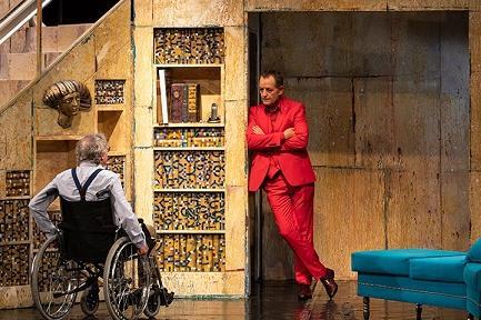 Младежкият театър открива новия сезон с 2 премиери