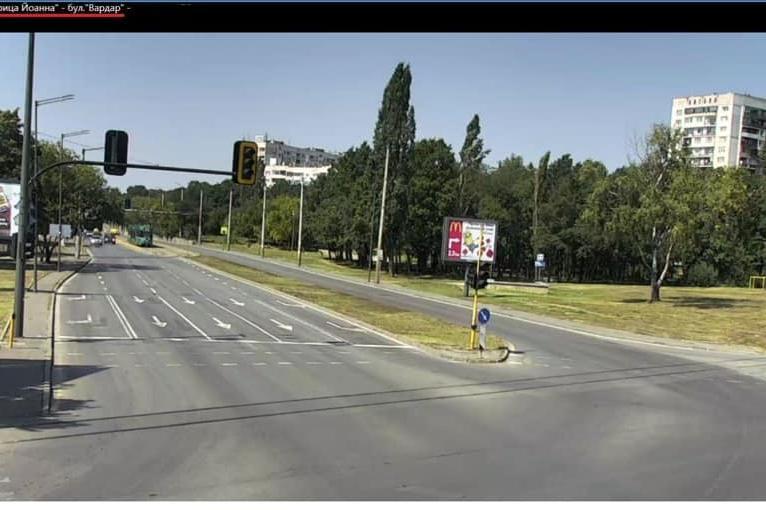 """Променя се движението на четири от важните кръстовища по бул. """"Царица Йоанн"""