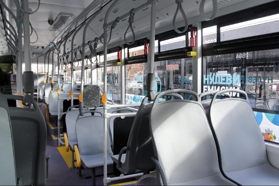 Зам.-кметът Криситан Кръстев внесе доклад за промени в автобусните линии в