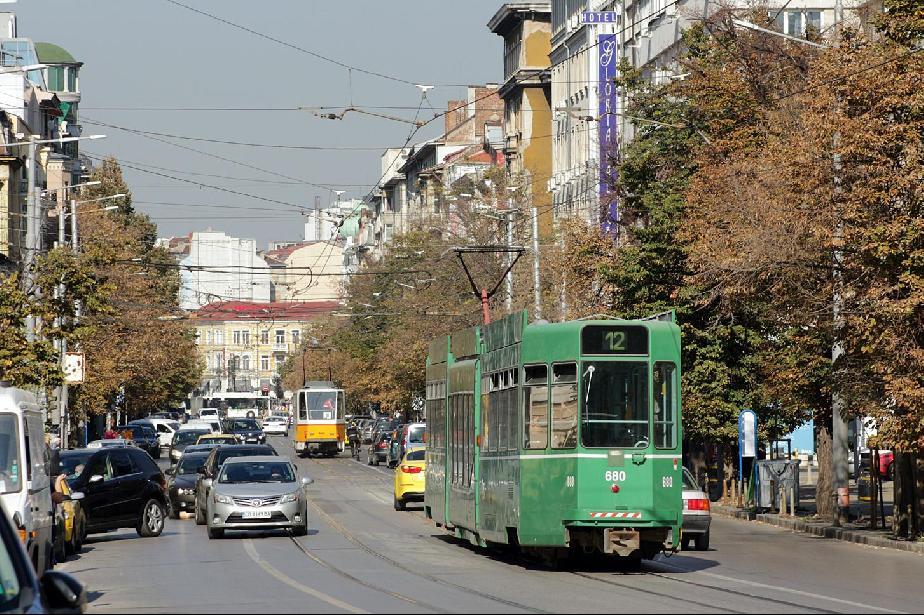 трамвай 12