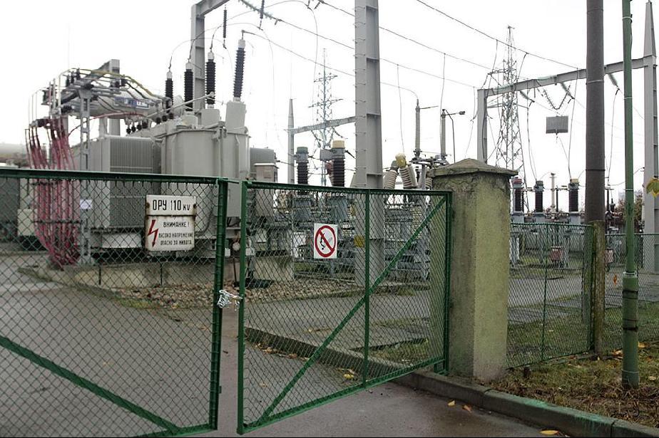 ЧЕЗ подобрява електрозахранването в Банкя и Божурище