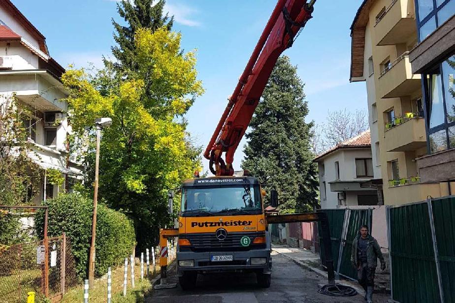 Глобиха технически ръководител, без разрешение затворил улица в Лозенец
