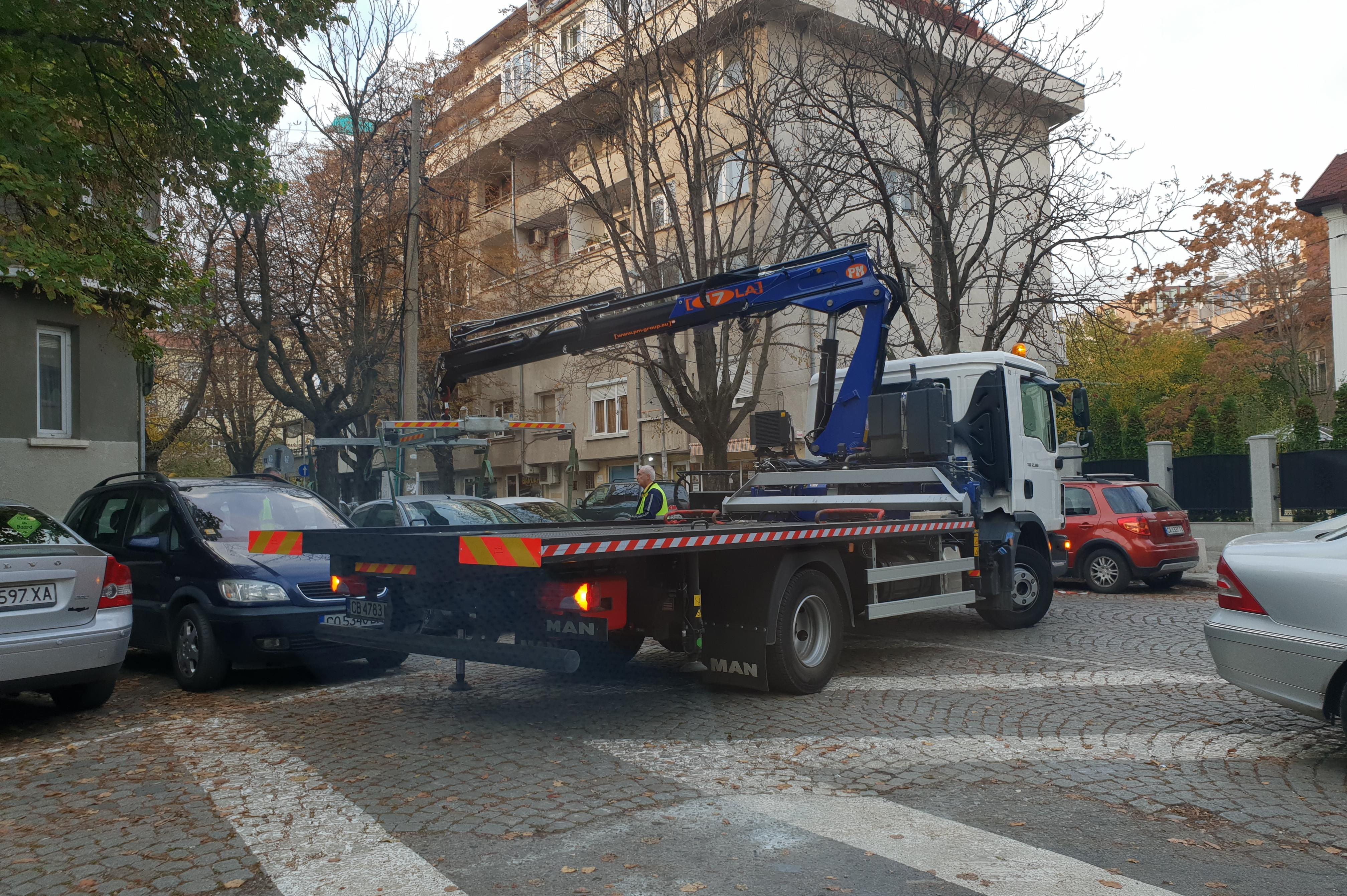 """Без коли по """"Княз Борис I"""" заради ремонт на настилката"""