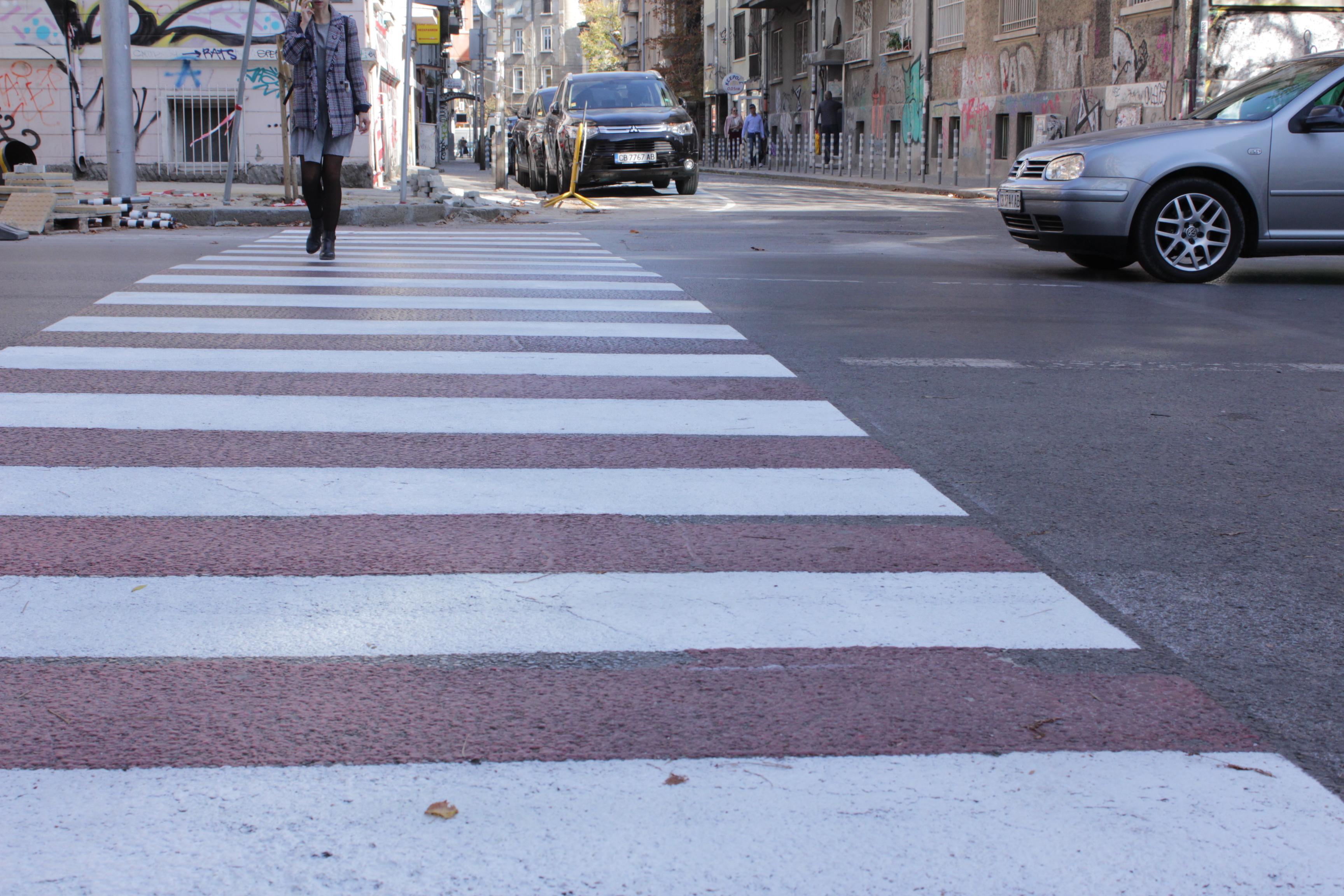 """Опасна пешеходна пътека притеснява родители във """"Витоша"""""""