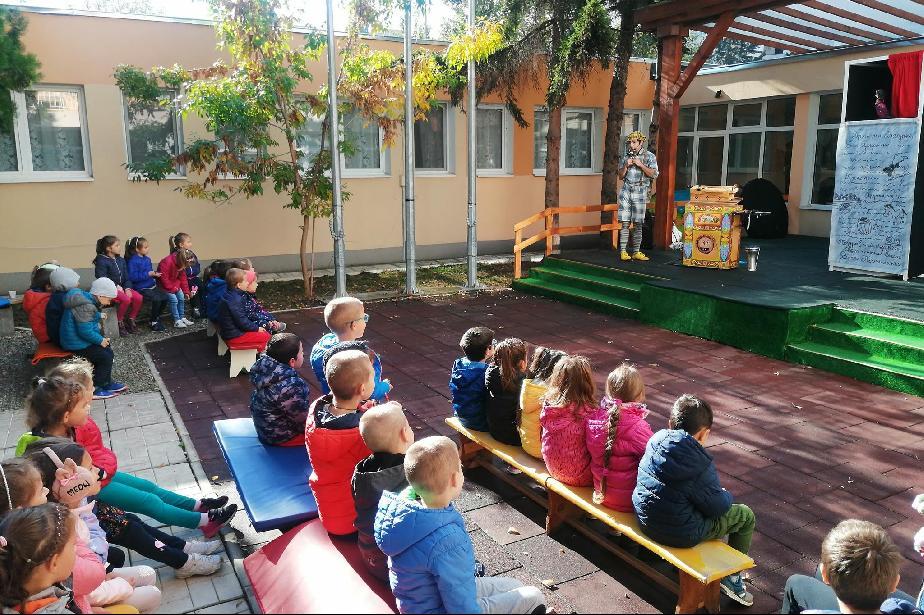 """""""Патиланско царство"""" на гости в детските градини в Студентски град (СНИМКИ)"""