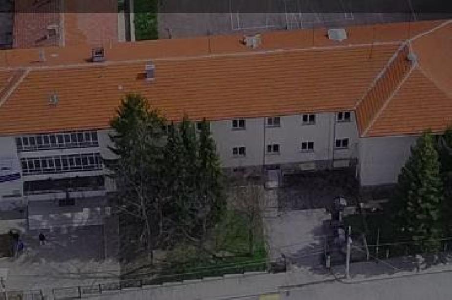 Само 192 училище в Бистрица е заявило за онлайн от V до XII клас
