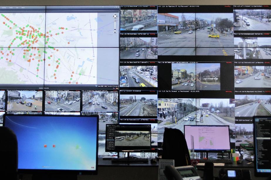 Над 200 допълнителни камери ще хващат нарушенията на шофьорите в София