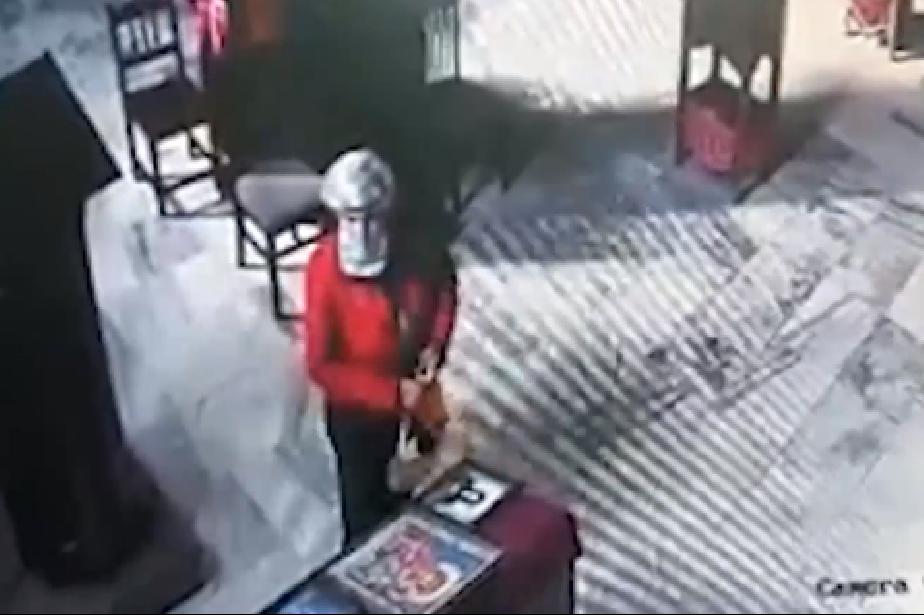"""Грехота! Жена открадна две икони от храм в """"Света Троица"""""""
