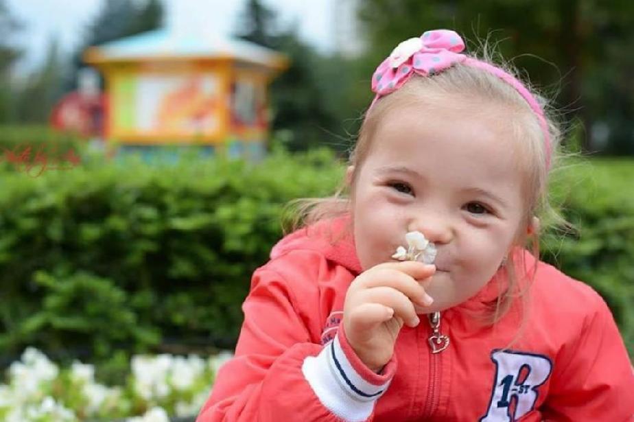 """""""Различните"""" деца на България ще се усмихват в метрото"""