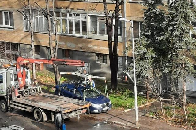 Паяк налази автомобил в Сухата река (СНИМКИ)