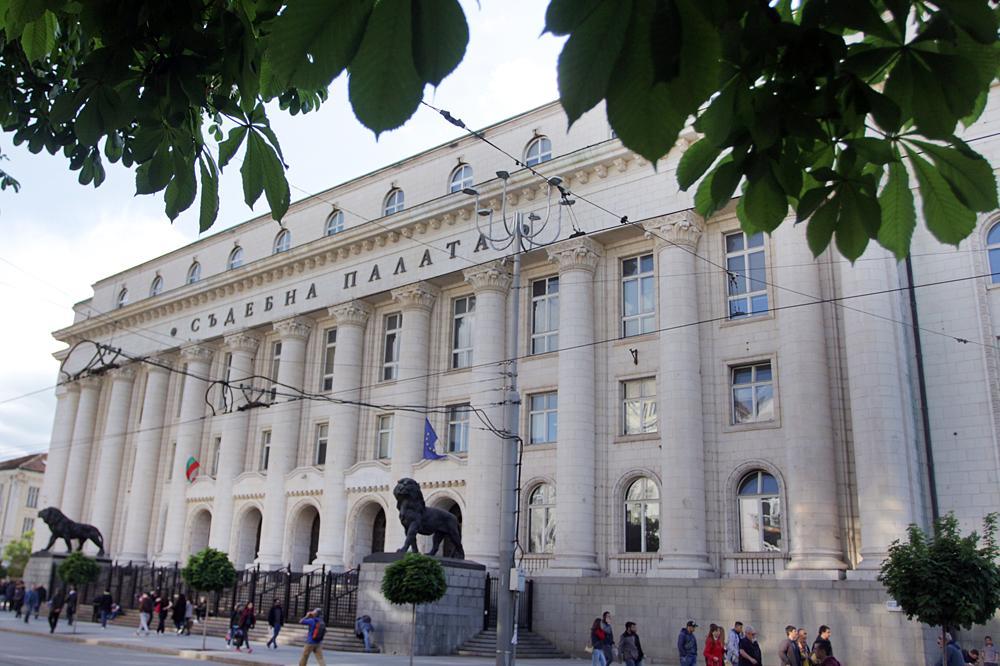 16-годишен е задържан за грабеж- два пъти на един магазин в София