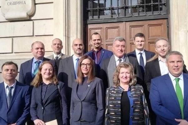 Общинските съветници от Демократична България за Бюджет 2021: Бюджет на тъм