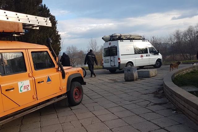 """Йордановден в София: Отцепиха зоната за хвърляне на кръста в езерото в """"Дру"""