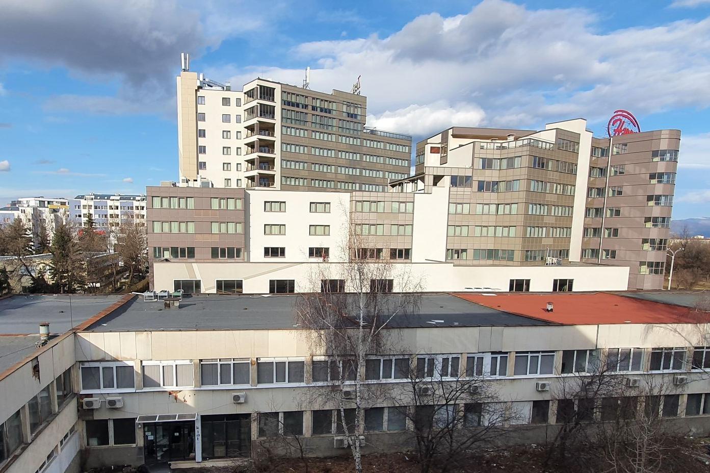 Ремонтираха столичната Студентска поликлиника, отстраниха голям теч