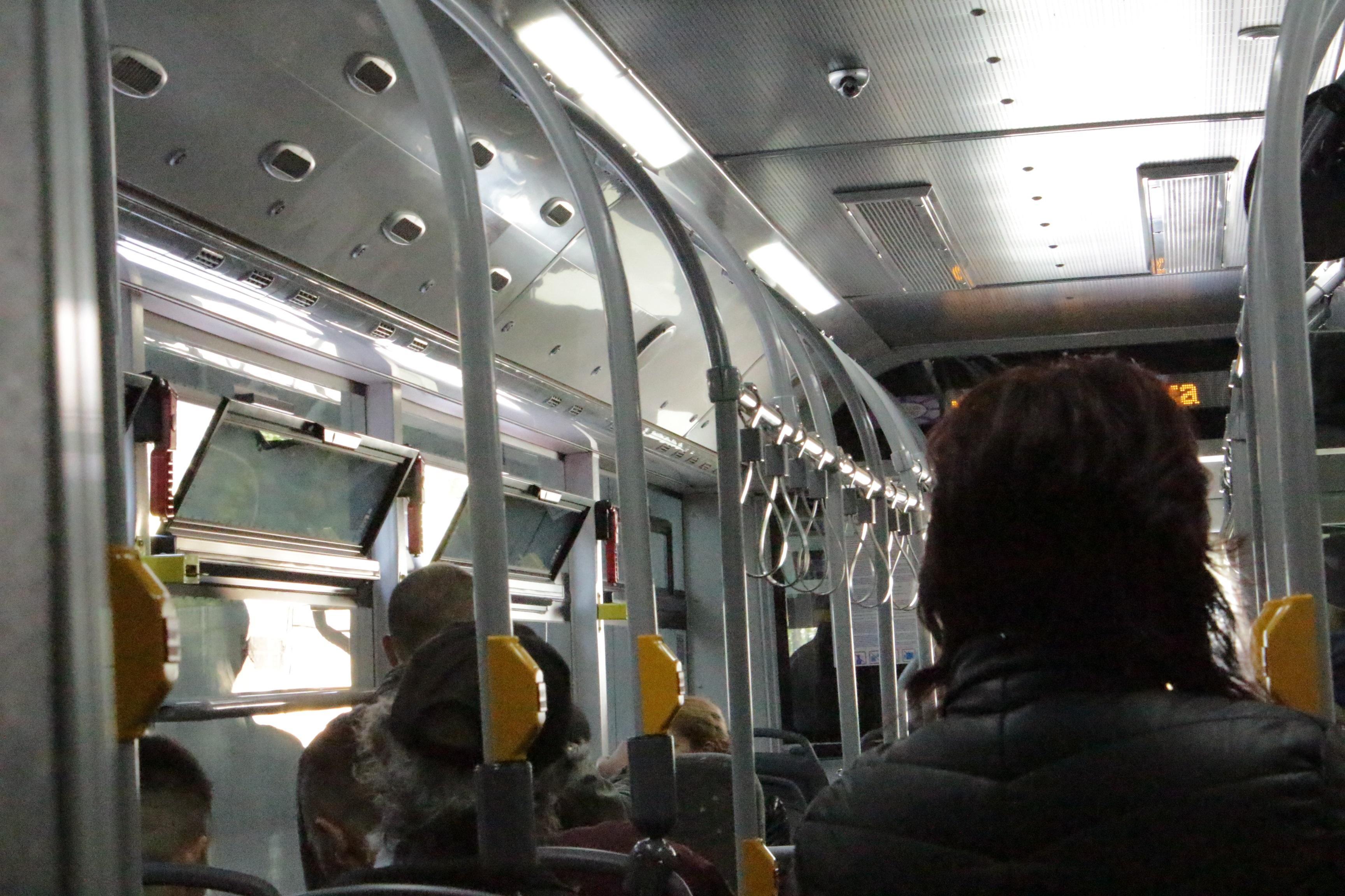 СОС одобри пускането на две ученически автобусни линии за училища в центъра